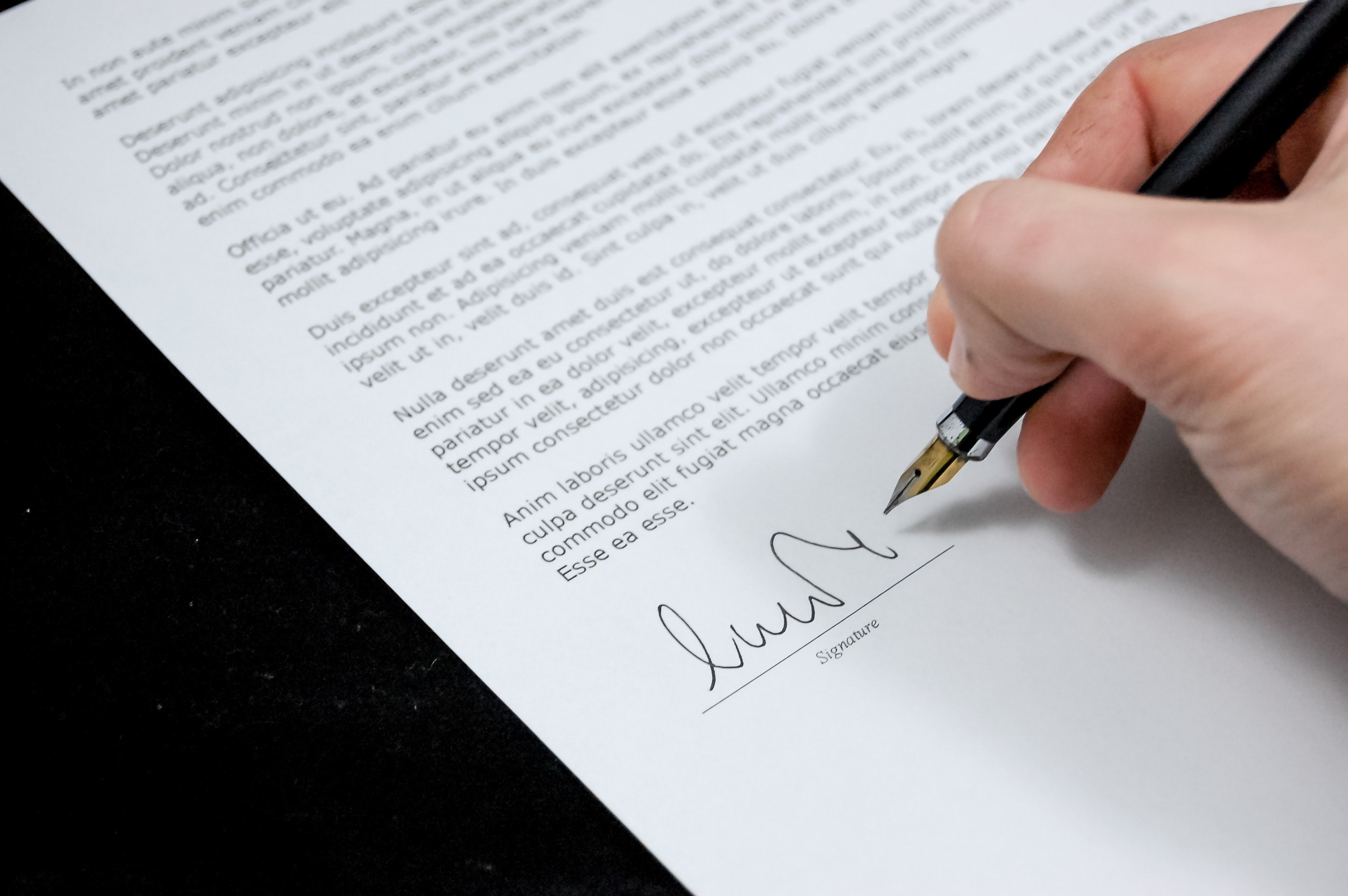 How to add a signature to your blog post